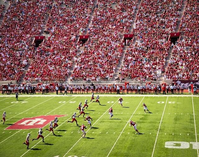 Picture of the pitch of an american football stadium